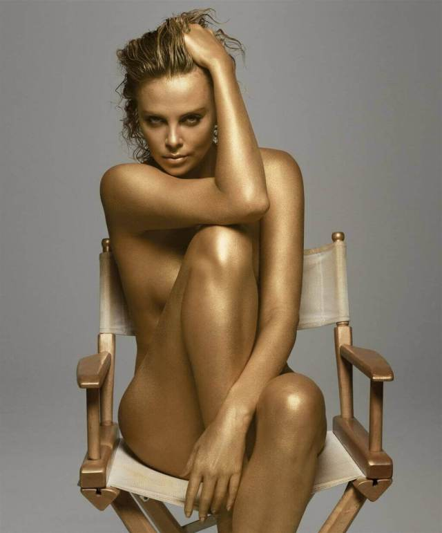 Charlize Theron sexy topless