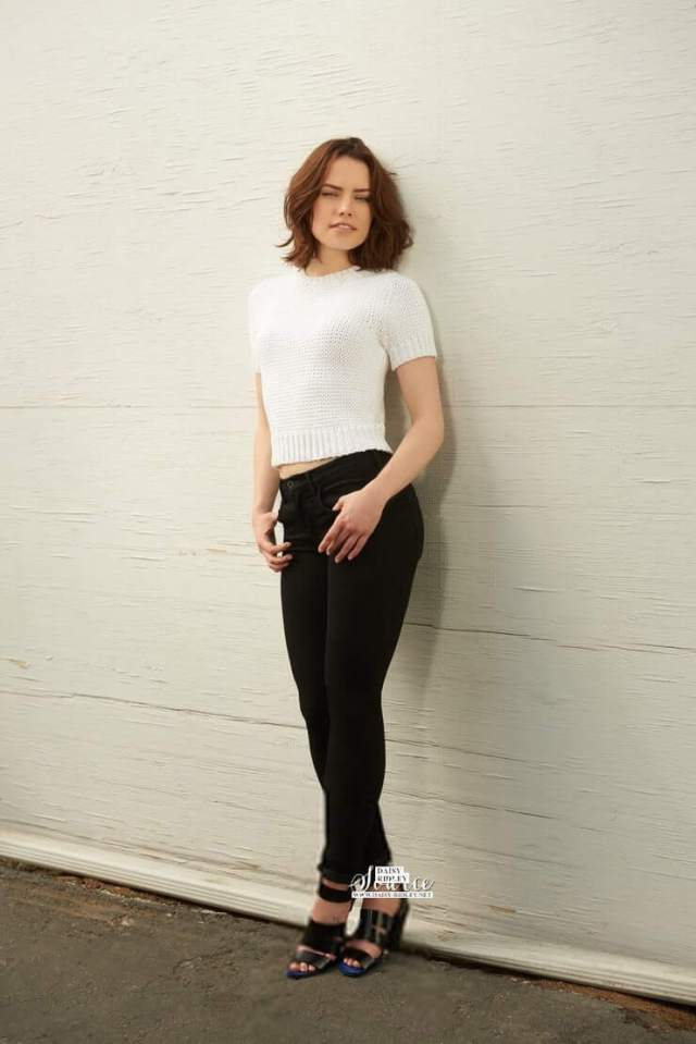Daisy Ridley lovely pictures (1)
