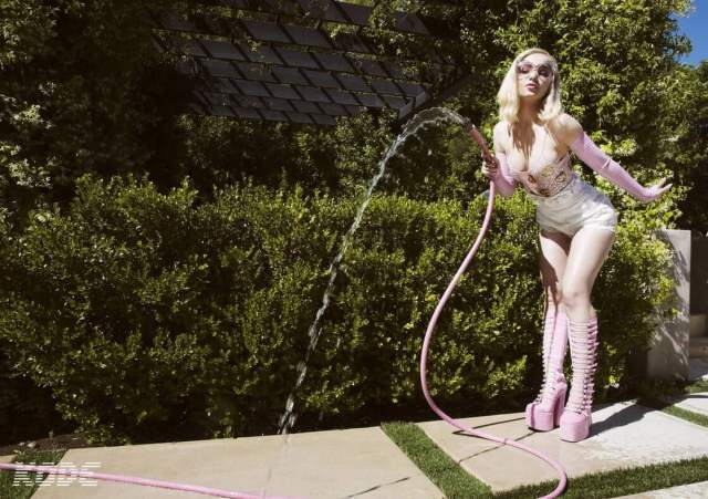 Dove Cameron hot pictures (3)