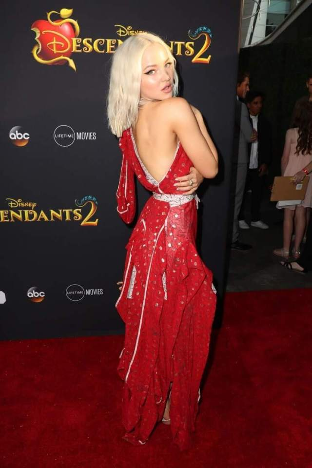 Dove Cameron oht butts pic