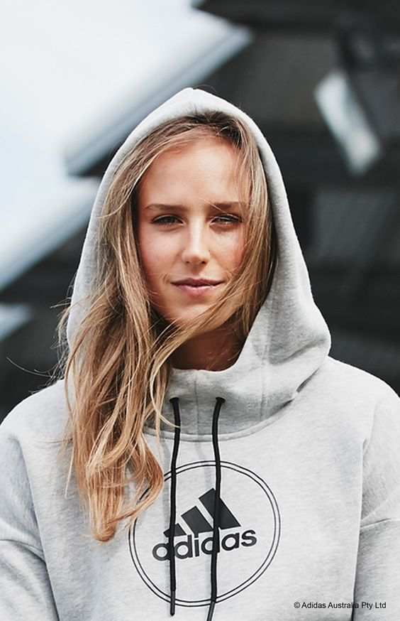 Ellyse Perry sexy photo