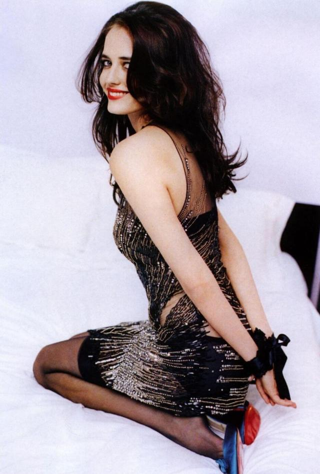 Eva-Green-sexy-look