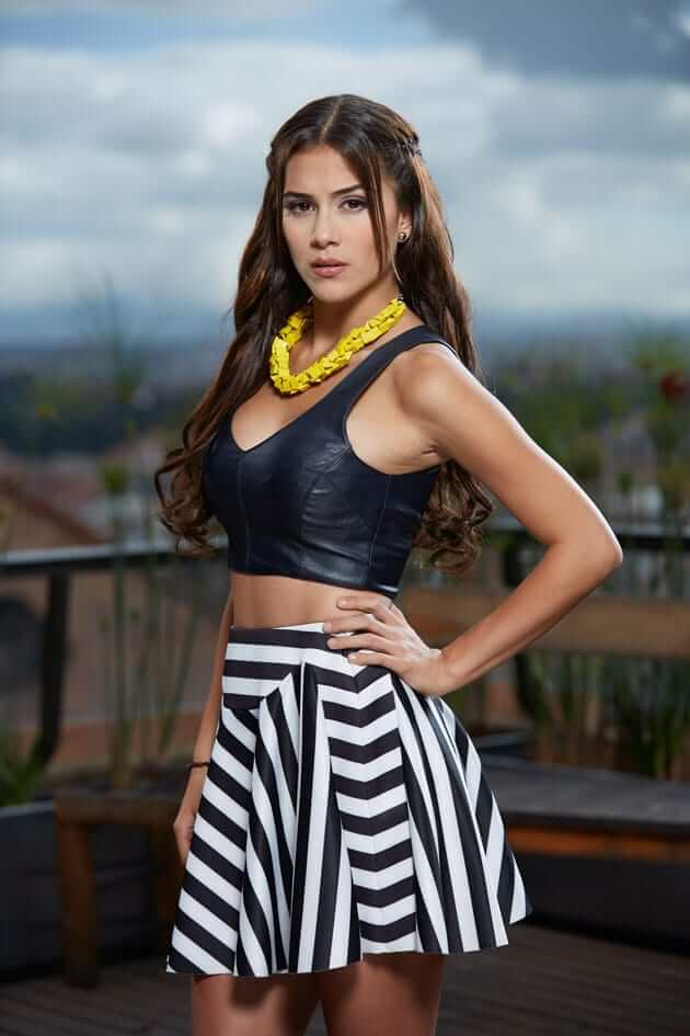 Greeicy Rendón sexy busty pic