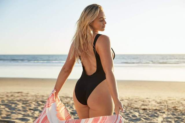 Iskra lawrence hot ass pic