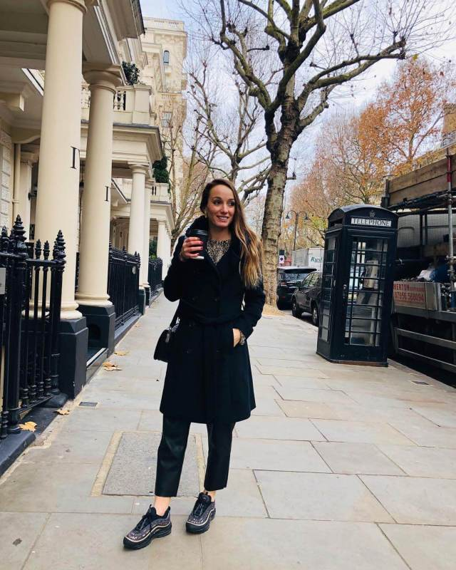 KOSOVARE ASLLANI black dress pics
