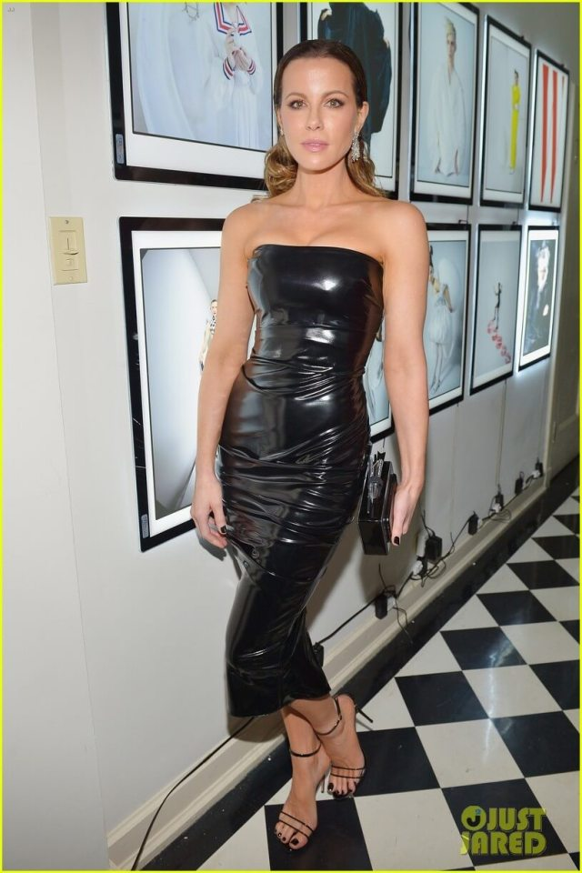 Kate Beckinsale black sexy dress (2)