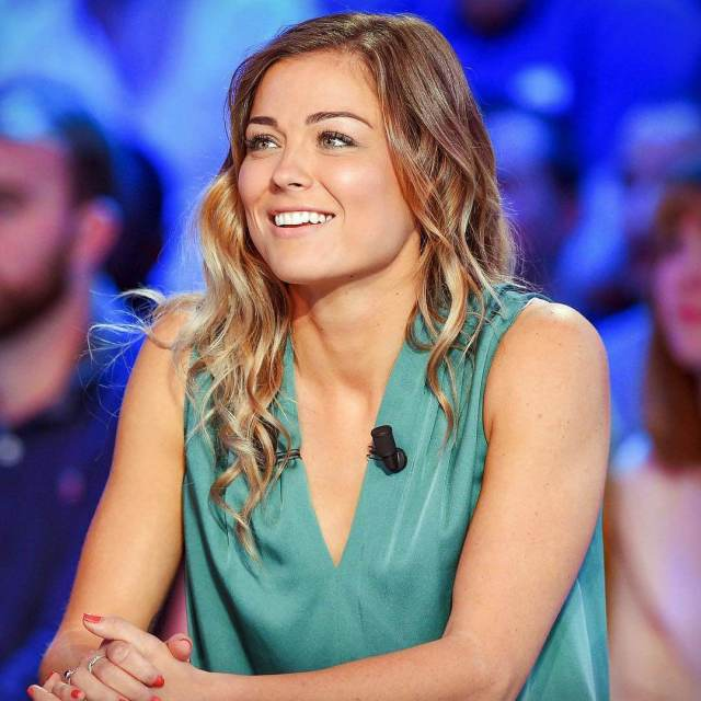 LAURE BOULLEAU hot hairs pic