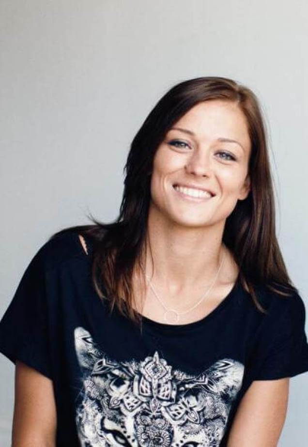 LAURE BOULLEAU sexy smile