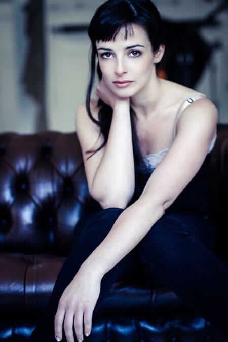 Laura Donnelly busty (2)