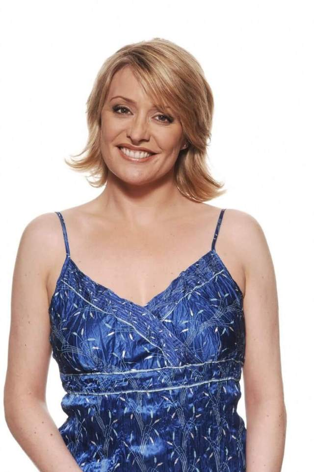 Laurie Brett sexy pic