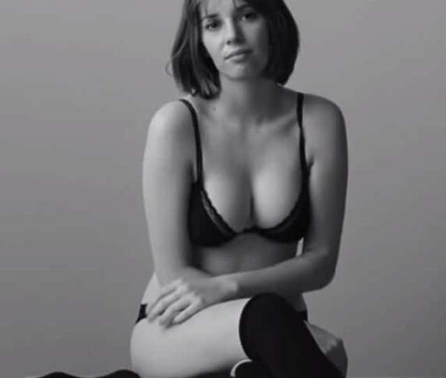 Hot Pictures Of Maya Hawke Which Are Absolutely Mouth Watering