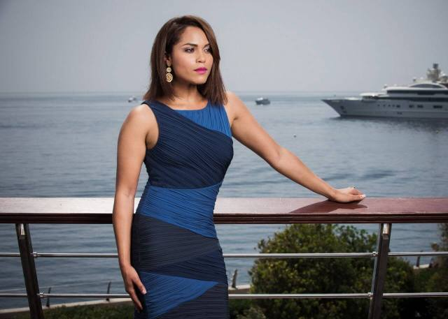 Monica Raymund asexy busty pic