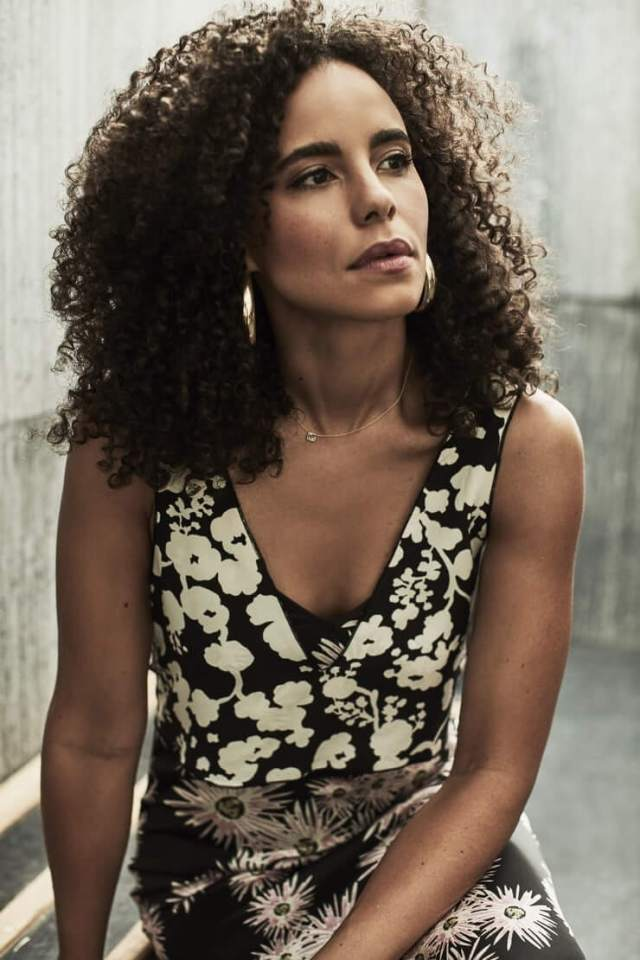 Parisa Fitz-Henley busty pic (3)