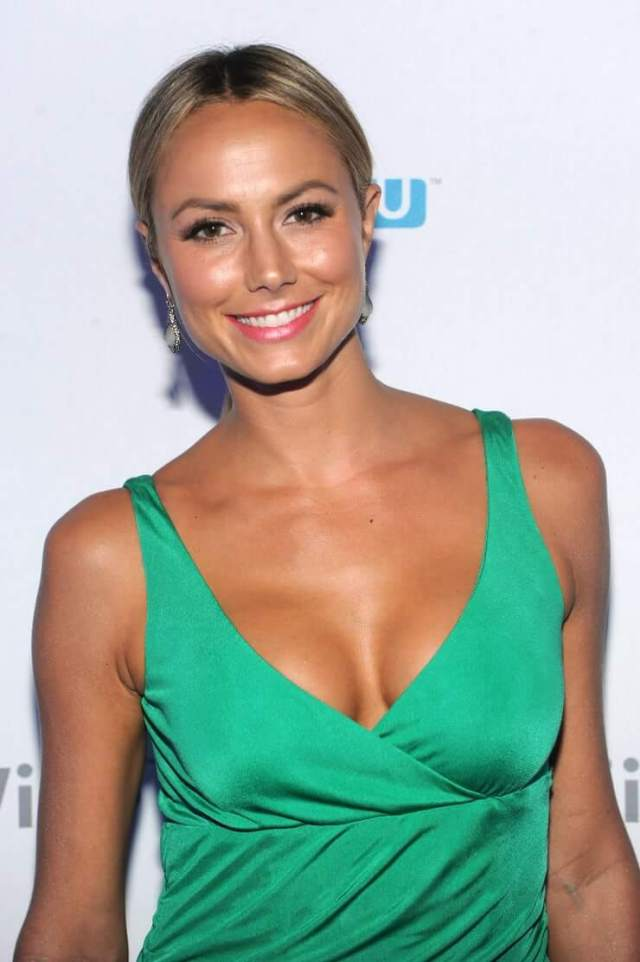 Stacy Keibler smile (3)