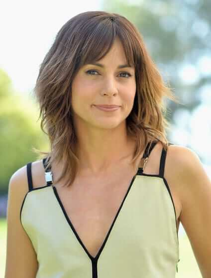 Stephanie Szostak hot pictures
