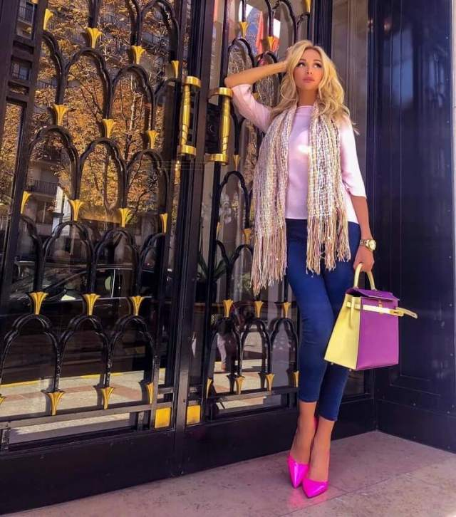 Victoria Lopyreva awesome look