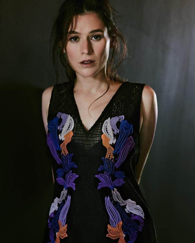 Yael Stone sexy pictures