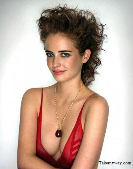 eva-green side boobs