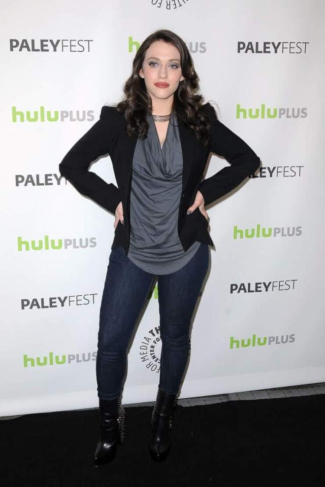 kat dennings sexy tite look