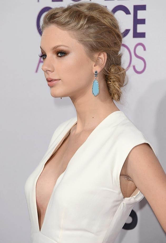 taylor swift side look pic