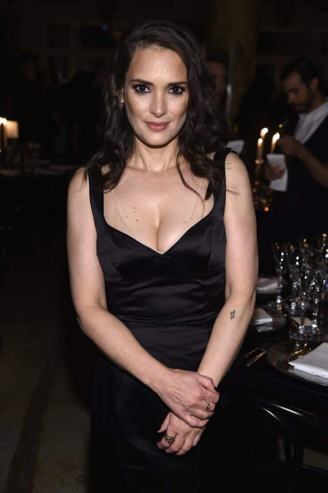 winona ryder hot pictures