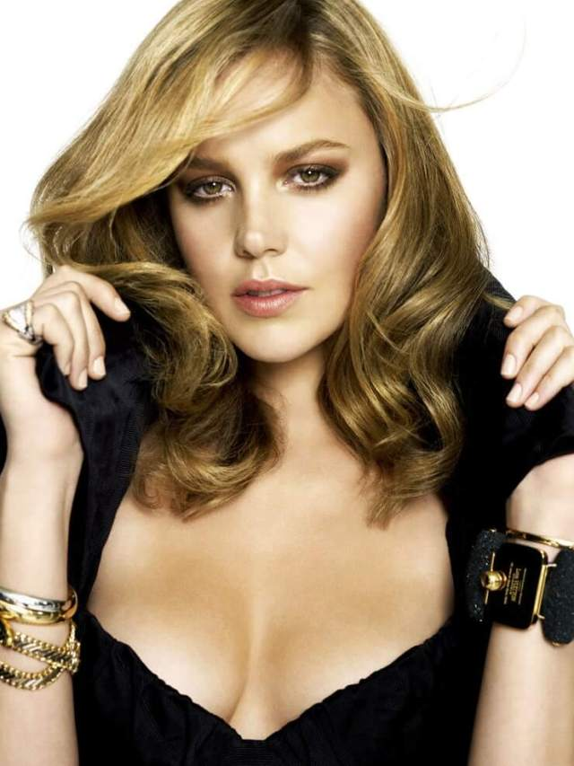 Abbie Cornish sexy boobs pictures (6)