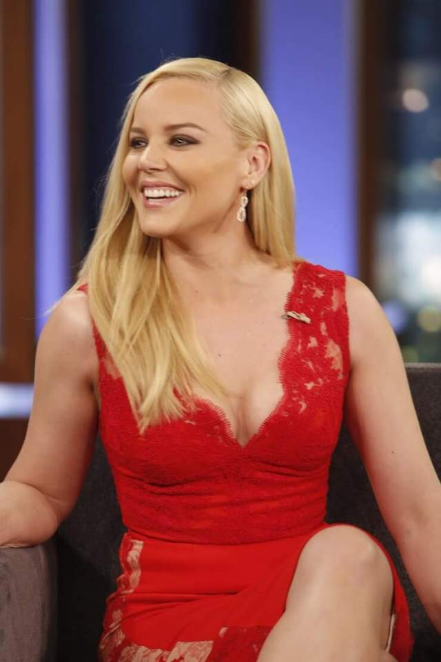 Abbie Cornish sexy boobs pictures (7)