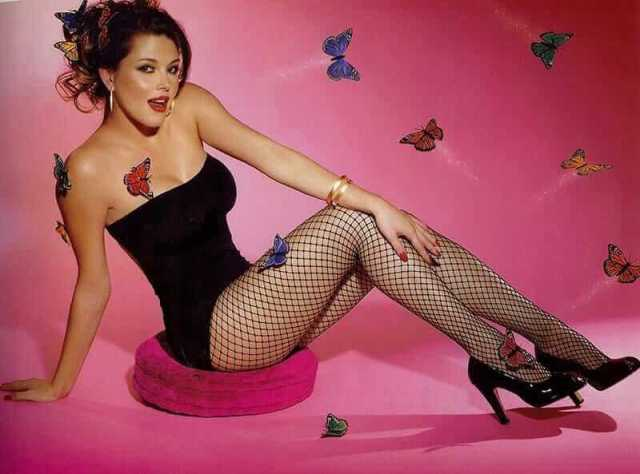 Alicia Machado hot legs