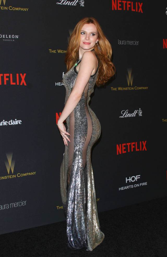 Bella Thorne sexy side butt pictures (3)