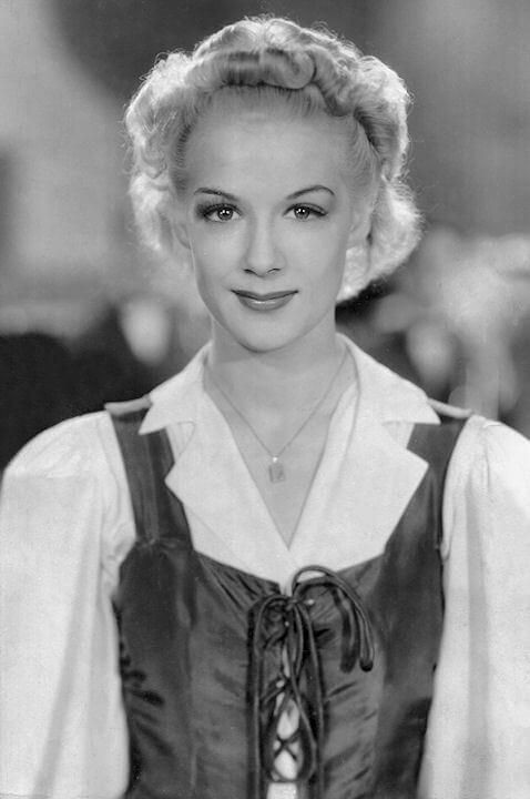 Betty Hutton awesome pic (3)