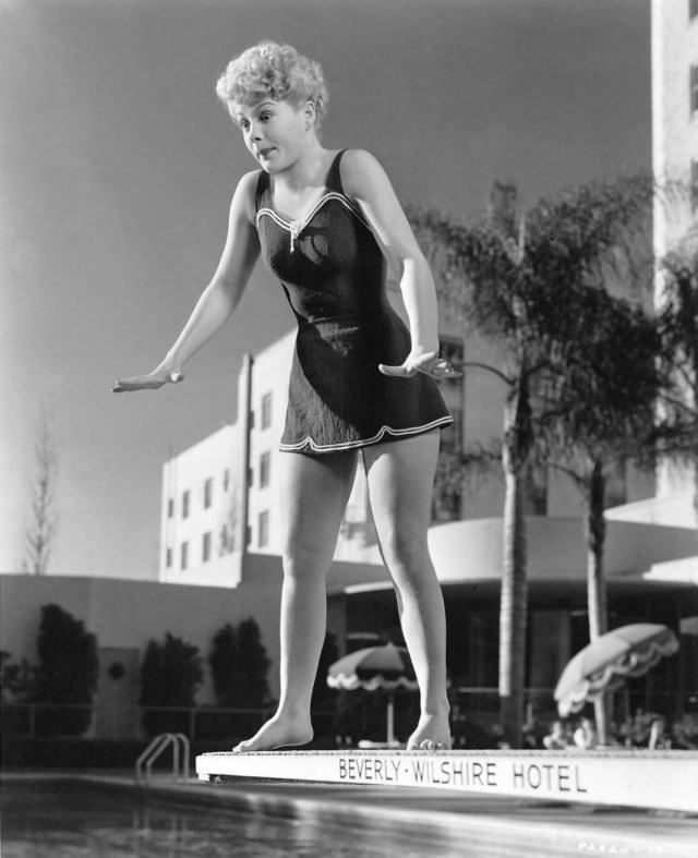 Betty Hutton hot cleavage pics