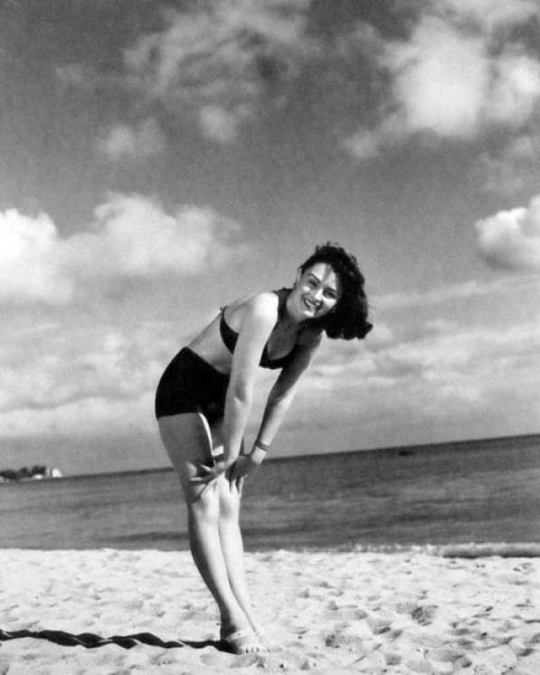 Donna Reed hot (3)