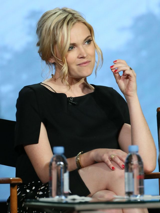 Eliza Taylor awesome