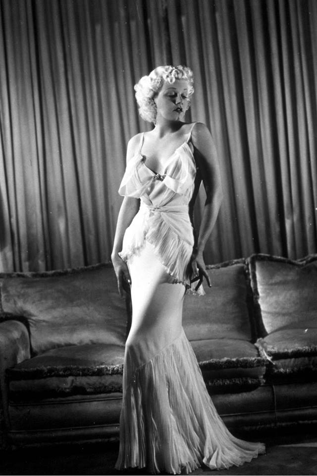 Jean Harlow awesome pic