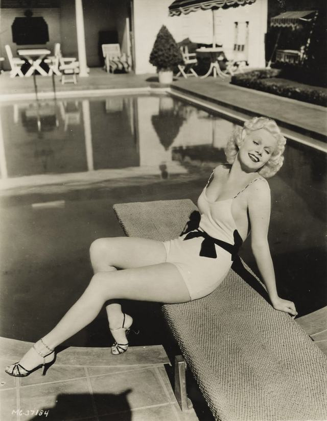 Jean Harlow feet awesome
