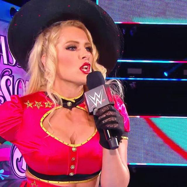 Lacey Evans sexy cleavage pics (6)