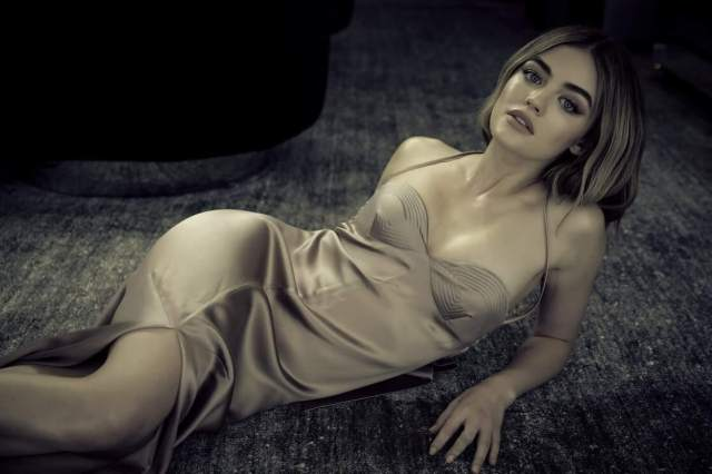 Lucy Hale sexy cleavage pics (2)