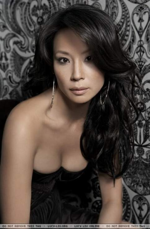 Lucy Liu sexy boobs pictures