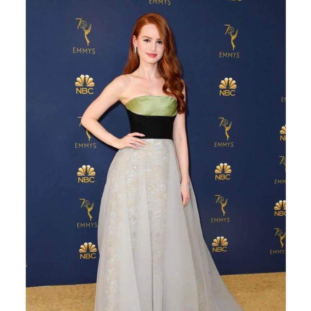 Madelaine Petsch sexy pictures (9)