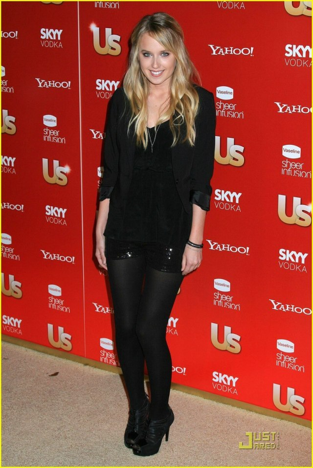 Megan Park awsome look pictures