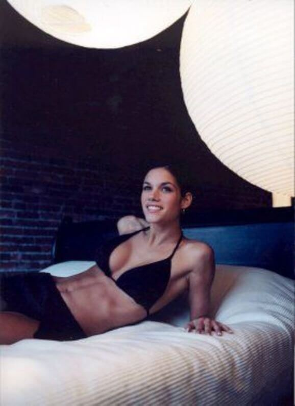 Missy Peregrym awesome look pics (2)