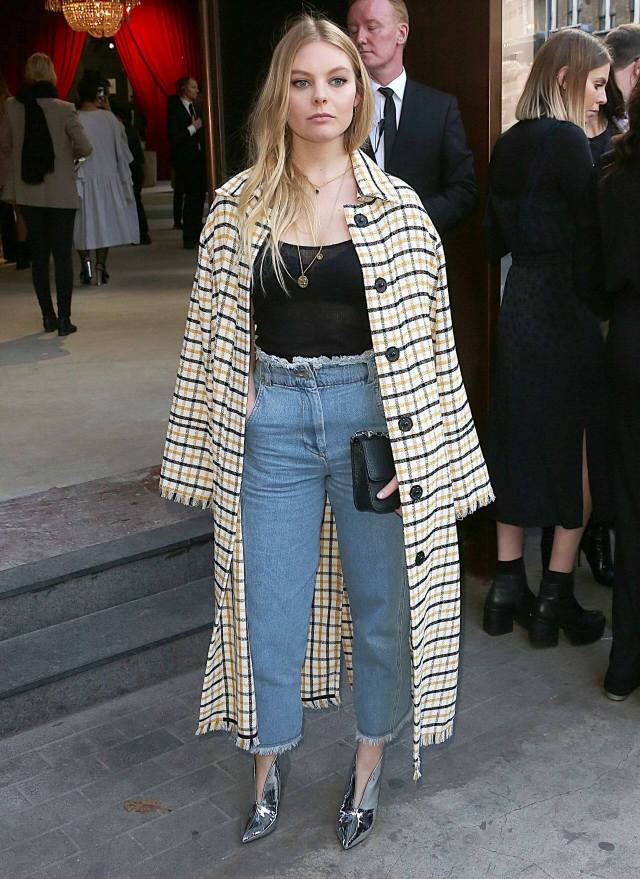 Nell Hudson sexy blue jeans
