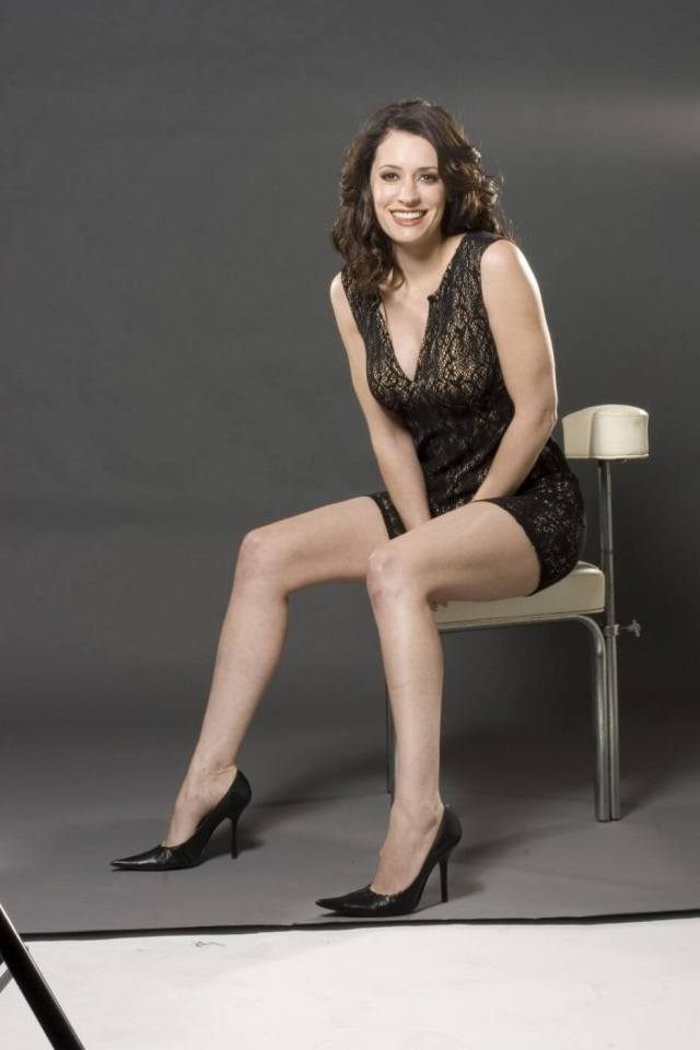 Paget Brewster hot and sexy pictures (3)