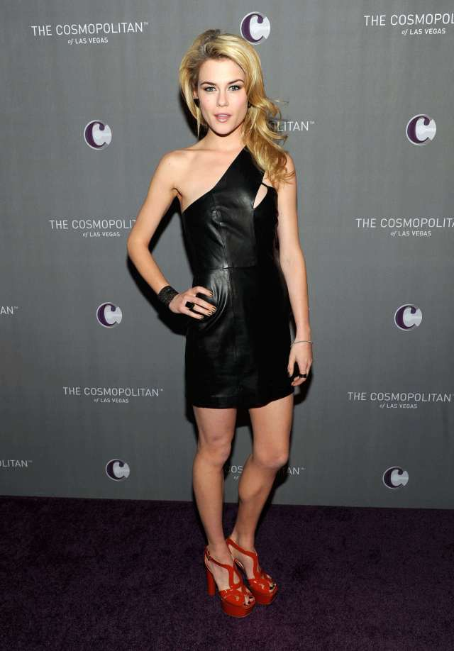 Rachael Taylor hot picture