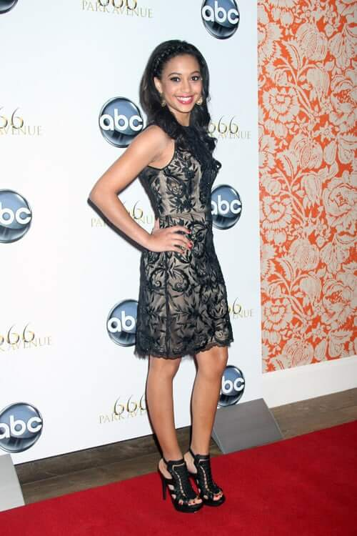 Samantha Logan awesome pgoro