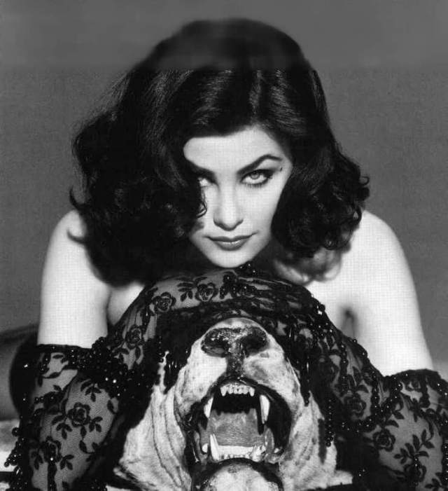 Sherilyn Fenn sexy pictures (4)