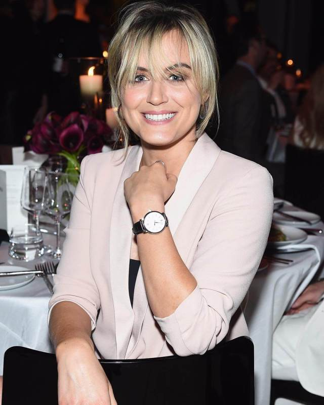 Taylor Schilling awesome pictures (1)