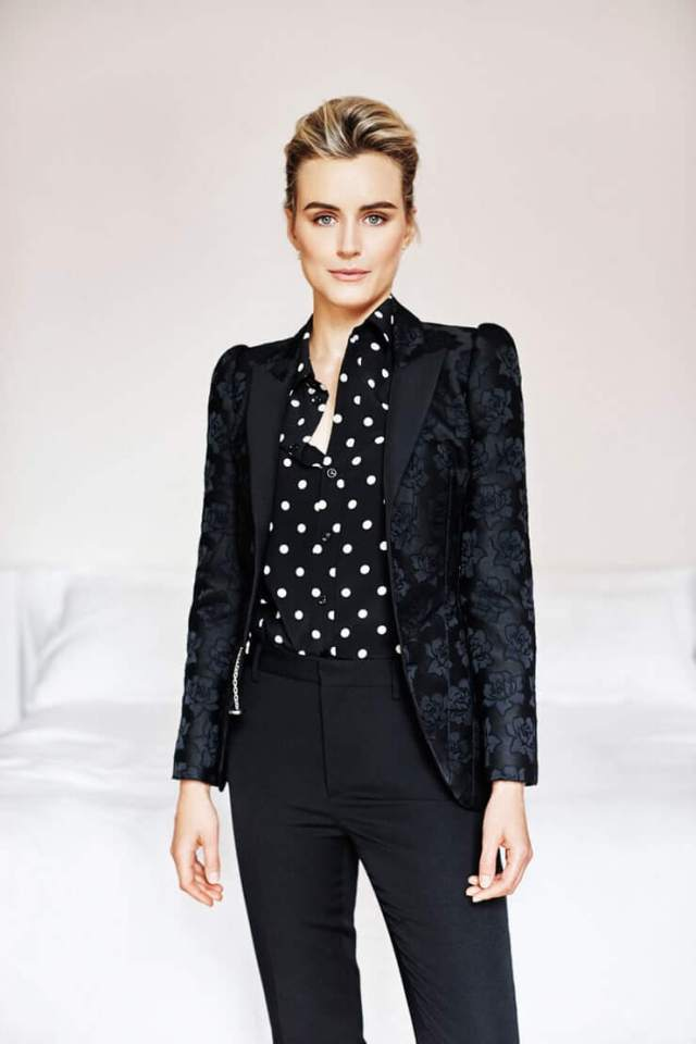 Taylor Schilling sexy pictures (4)