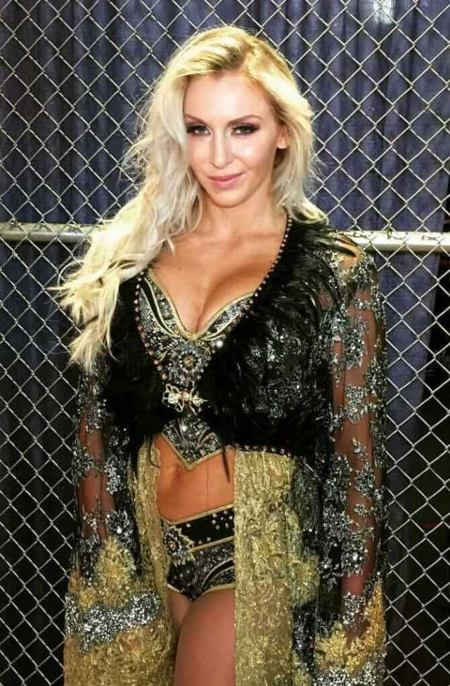 charlotte flair hot cleavage pic (2)