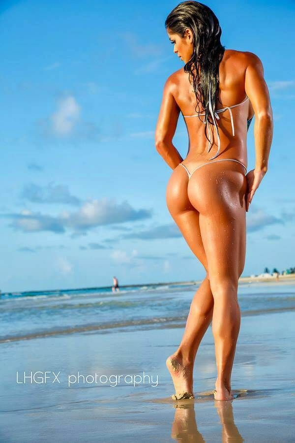 michelle-lewin ass sexy pic